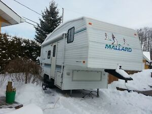 ROULOTTE FIFTH WHEEL 21 PIED année 2000