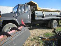 SINGLE AXLE TRUCK PLOW WITH SANDER