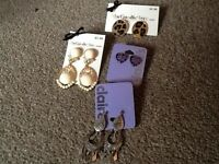 Brand new earrings bundle ideal for christmas