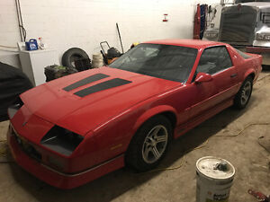 1988 Chevrolet Camaro Iroc Z28 Coupe (2 door)