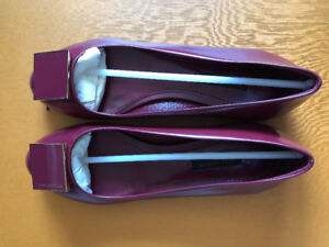 Brand new Authentic Louis Vuitton flats in size 36.5