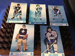 5 VINTAGE TORONTO MAPLE LEAFS PLAYER POSTCARDS