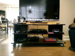 Meuble a tele/ tv stand