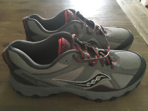 Men's Saucony Trail Running Shoes NEW