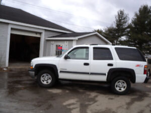 2003 Chevrolet Tahoe SUV, Crossover 4X4