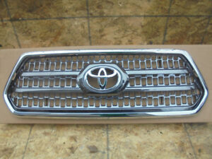 grille Tacoma trd