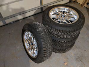 BMW - 235/55/R17 - GOODYEAR NORDIC WINTER TIRES
