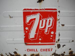 7 UP Chill Chest Cooler London Ontario image 2