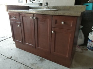 Vanity with sink - cheap - mint