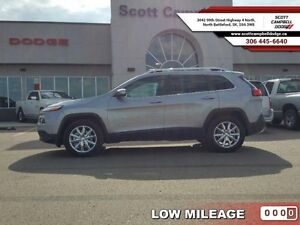 2015 Jeep Cherokee Limited   - ex-lease - Sunroof -  Bluetooth -