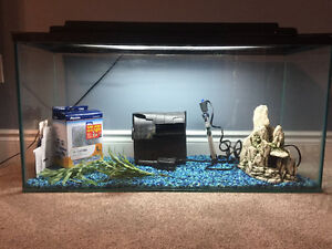 45 Gallon fish tank - ready to use - price negotiable!!!