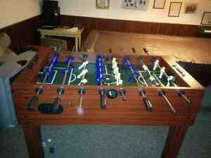 Nice foosball table 9/10 condition