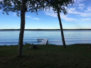 Bobcaygeon Waterfont Cottage Rental - Pigeon Lake - Kawarthas