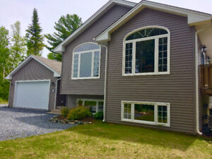 3+2 BEDROOM HOME WITH IN GROUND POOL- QUISPAMSIS