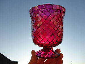 Red Mosaic Glass vase or decorative Container -Perfect Condition Kitchener / Waterloo Kitchener Area image 2