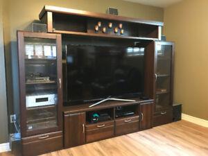 TV and Media Entertainment Unit - Dark Wood