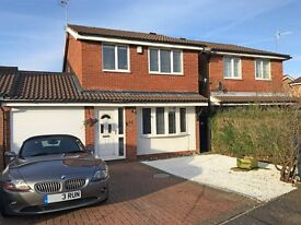 3 Bed Detached House WITH PARKING- Double Room Wellingborough £445 PCM