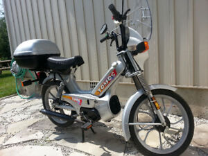 Excellent Condition Tomos Moped Targa A35 For Sale