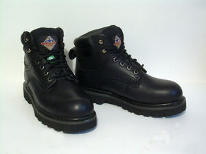 Leather Steel Toe CSA , Oil & Shock Resistant - Size 7 EE