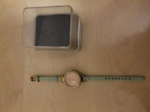 Brand new in box Women's Green & Gold Fossil Watch