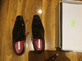 Giovanni Italian black patented shoes size 40 (6)