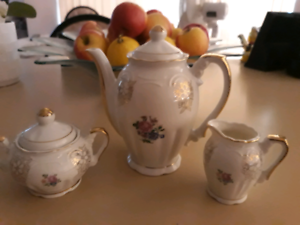 Vintage Bavaria Fine China porcelain coffee set. Pick up Sorrento Sorrento Joondalup Area Preview
