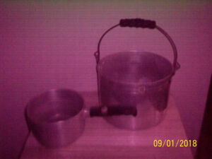 2  Very Old  Aluminum  Cooking Pots   FOR  $25.  or  Best Offer