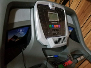 CT5.4 Horizon Treadmill