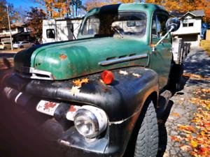 1952 Ford truck***v8 239 original engine transmission. Daily dri