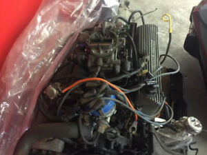 1985 ford mustang 5.0 engine and 5 speed trans. complete carbed