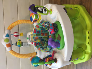 Evenflo World Explorer Triple Fun Exersaucer