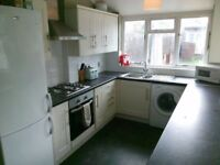 Double Room with Ensuite Bathroom £600 All bills and superfast WIFI included