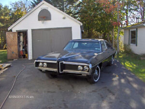 WANTED REAR END OUT OF FULL SIZE GM CAR WITH COIL SPRINGS