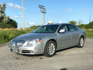 2010 Buick Lucerne in excellent condition
