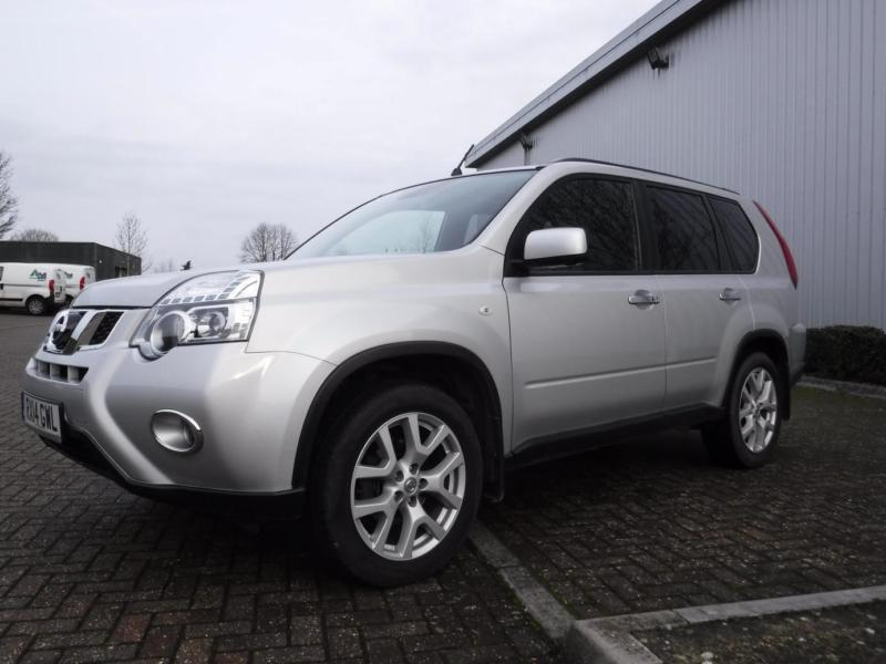 nissan x trail 2 0 dci 150 4x4 left hand drive lhd in basingstoke hampshire gumtree. Black Bedroom Furniture Sets. Home Design Ideas