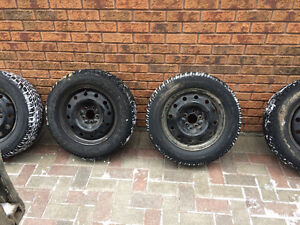 Winter tires 220/60r16