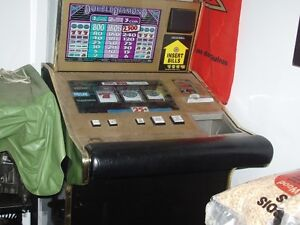 CASINO MACHINE FOR THE MAN CAVE