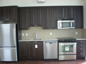 Beautiful 2-bdrm + 2 bath at Kipling Station - early Sept