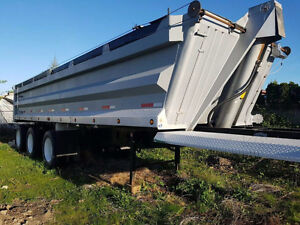 For Sale 2007 Arnes Triaxle End Dump 37ft (Used Gravel Trailer)