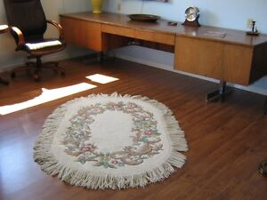 100% pure wool rug - handmade in India