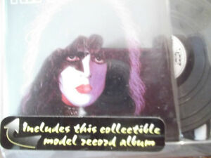 """RARE VINTAGE """"KISS"""" ACTION FIGURES  NEW IN BOX 1997 Cornwall Ontario image 7"""