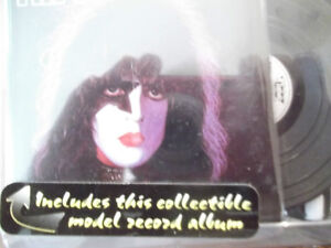 "RARE VINTAGE ""KISS"" ACTION FIGURES  NEW IN BOX 1997 Cornwall Ontario image 7"