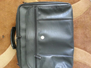 Laptop bags (3) good condition $10 each or 3 for $25