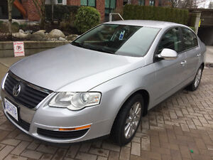 2011 Volkswagen Passat GLS LUXURY -$8000 Sedan