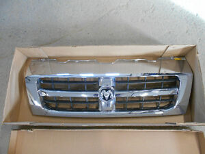 Grille ram promaster comme neuve