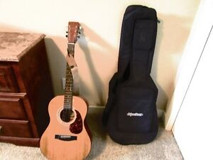 REDUCED Acoustic guitar and equipment