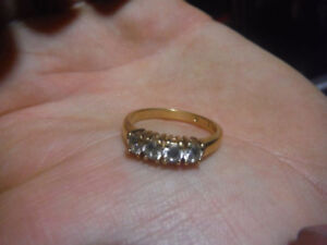 Gold plated Rhinestone ring size 8,