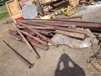Pipes/guttering