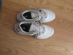 ladies / womens golf shoes size 7 Kingston Kingston Area image 2