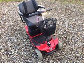 Pride revo boot scooter